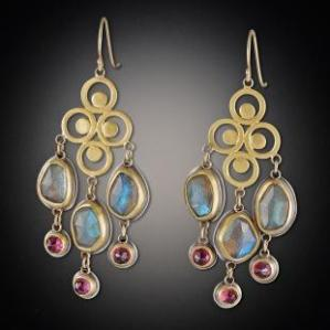 quad-filigree-earrings-with-labradorite-and-garnet